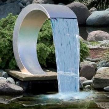 Vesiputoukset ruostumatonta terästä